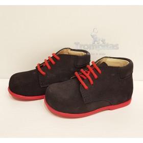 Zapatos Serraje Marino y Rojo