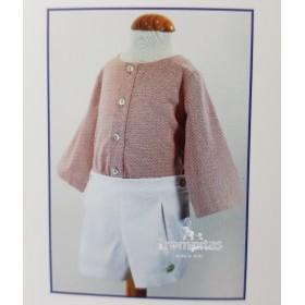 Camisa Rosada y Short Blanco
