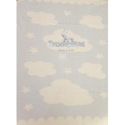 Manta Nubes Celeste y Blanco
